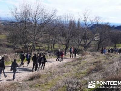 Senderismo Sierra Norte Madrid - Belén Viviente de Buitrago; senderismo zaragoza